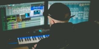 Bedroom Music Producer